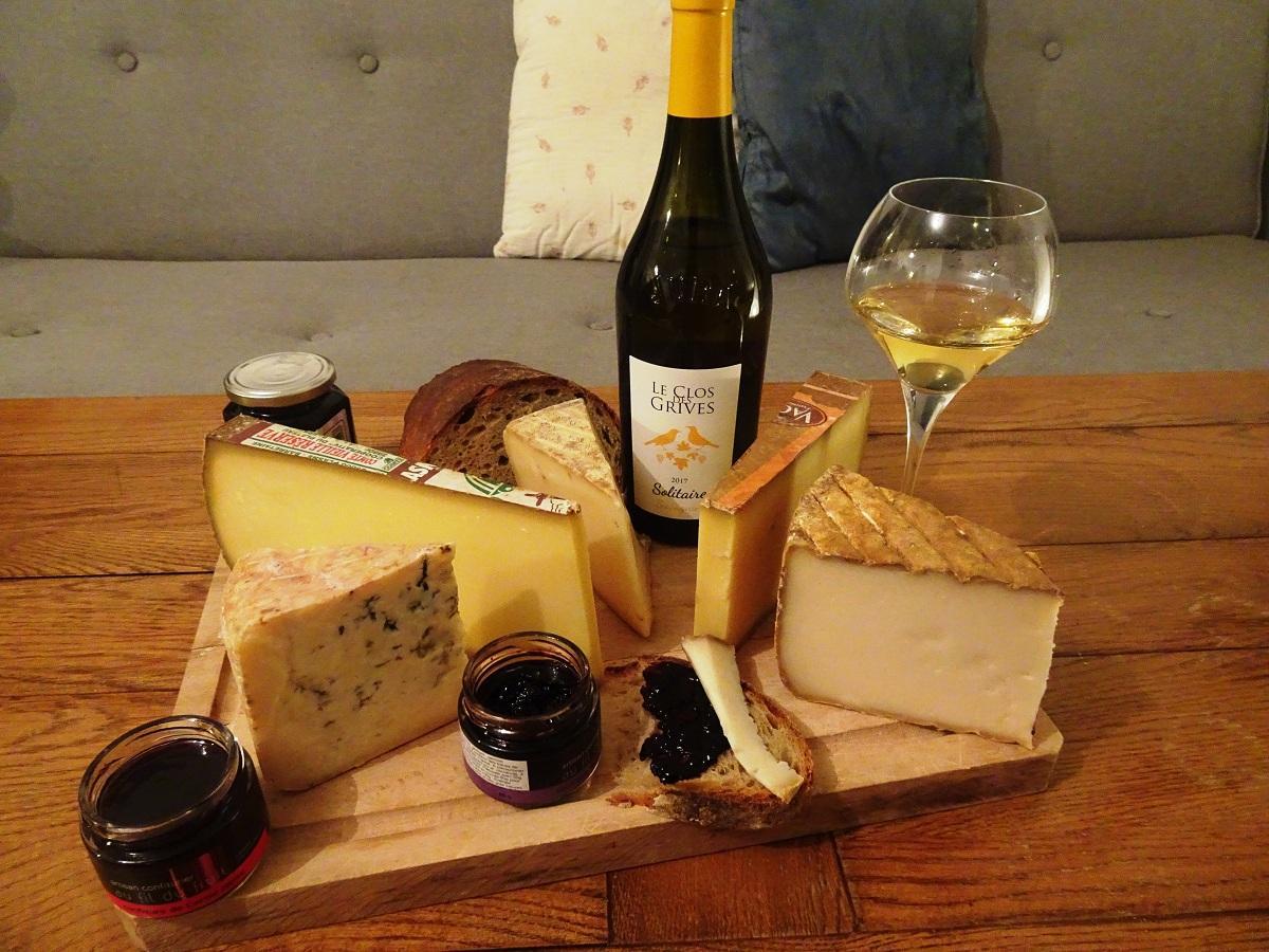 Côtes du Jura Clos des Grives Savagin Fromage Comté ŒnoSkol